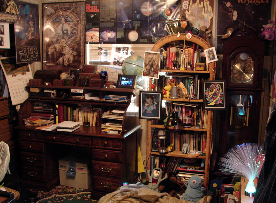 [Image: my_office_at_home_a_reflection_of_my_min...56wv14.jpg]