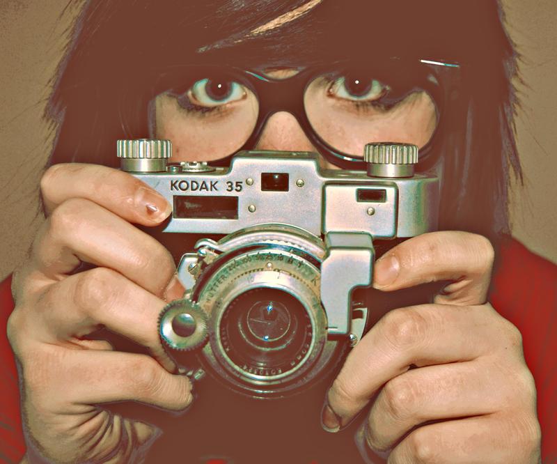 don  t hide behind your camera by xfallxoutxgirlsx - bir foto�raf �ekilebilirmiyiz?