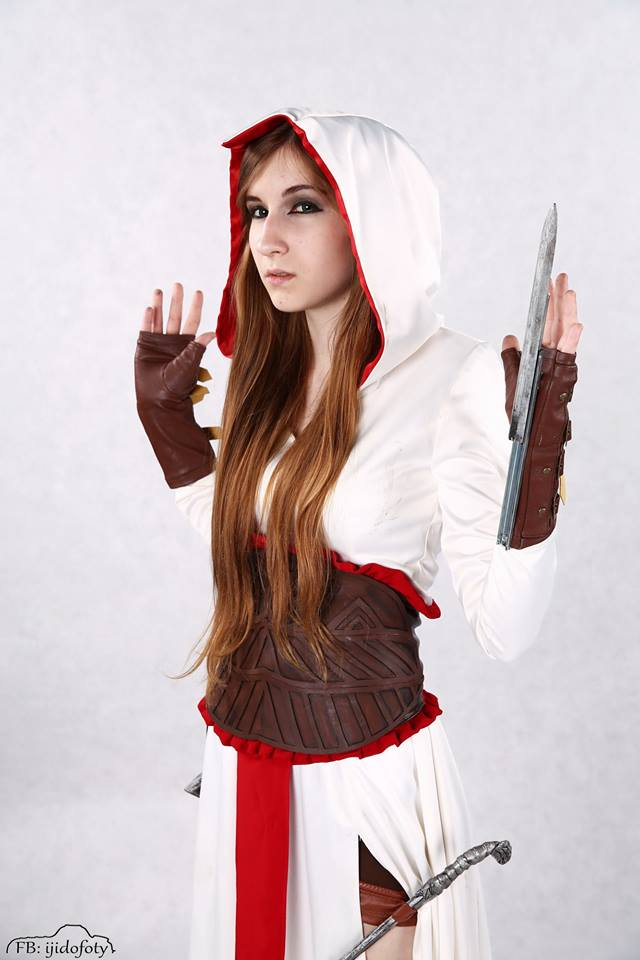 Female Altair From Assassin S Creed Cosplay By Soranotenshii On