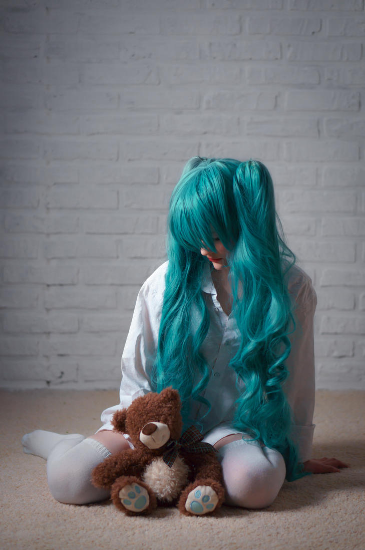 Miku Hatsune by Anhecenpaaton