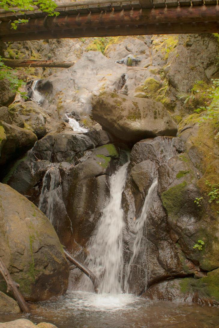 Rodney Falls by Thundercatt99