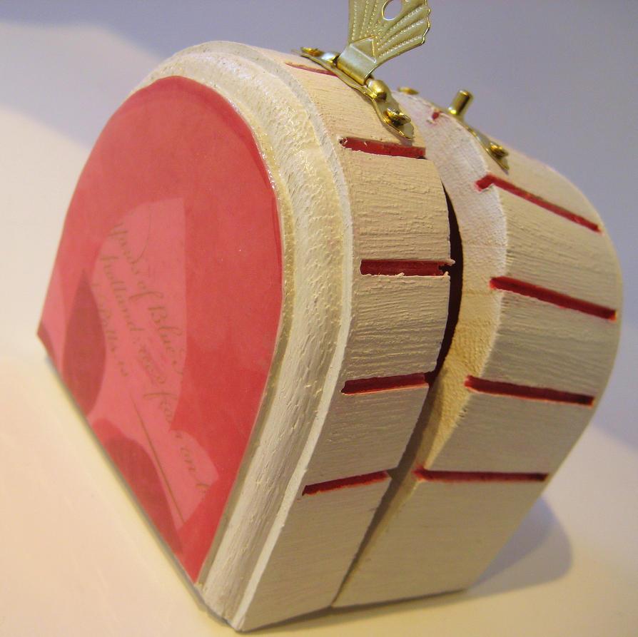 pretty in pink trinket box by akniegirl on deviantart