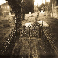 Grave by Vickstar
