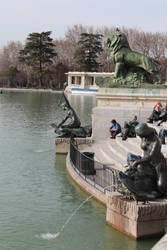 Lake in El Retiro by iagofernandez