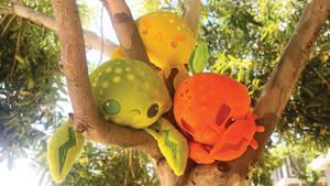 Crabapple Cousins Plush