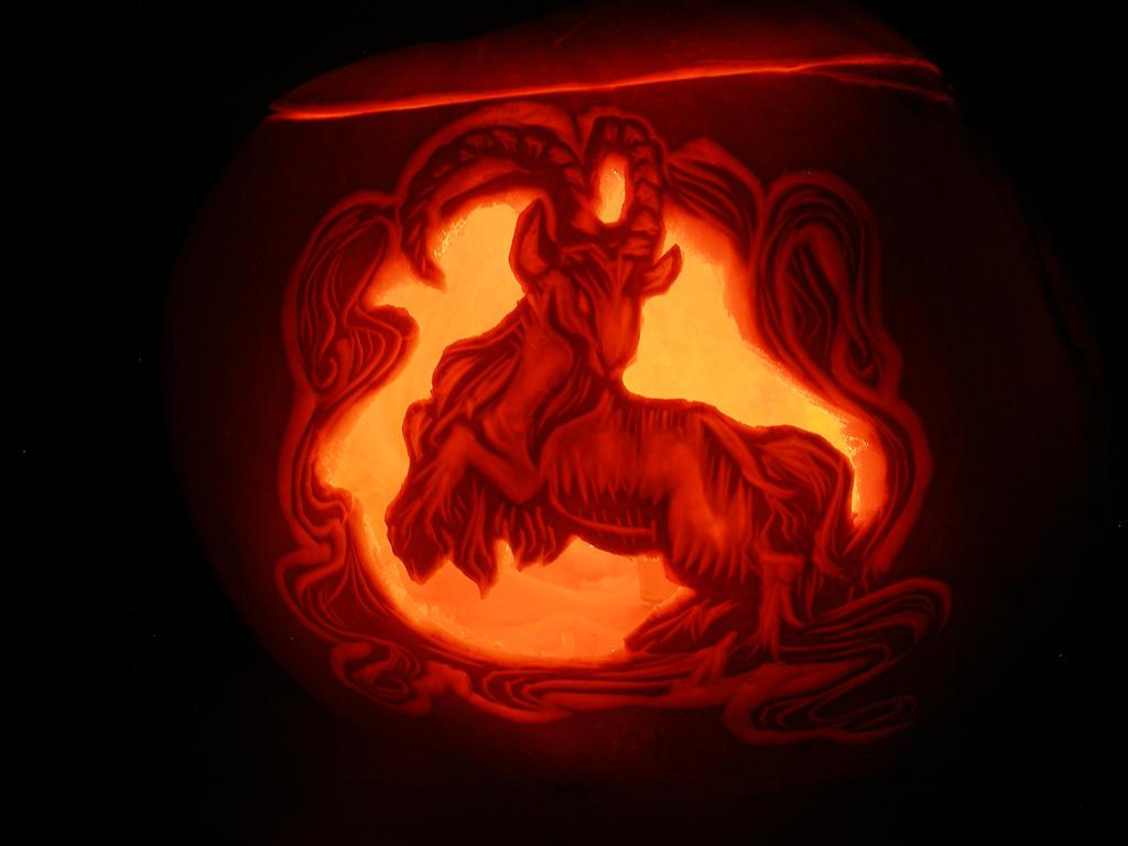 Happy Halloween! by Suahkin