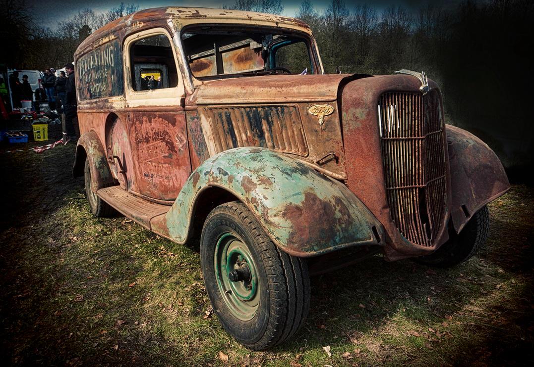 Rust bucket    :D by Robert-Eede