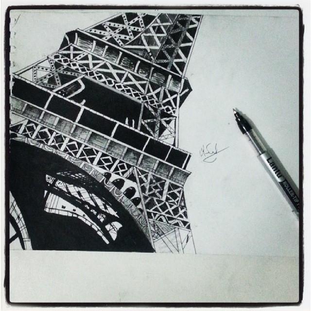 Eiffel Tower by miresalaj