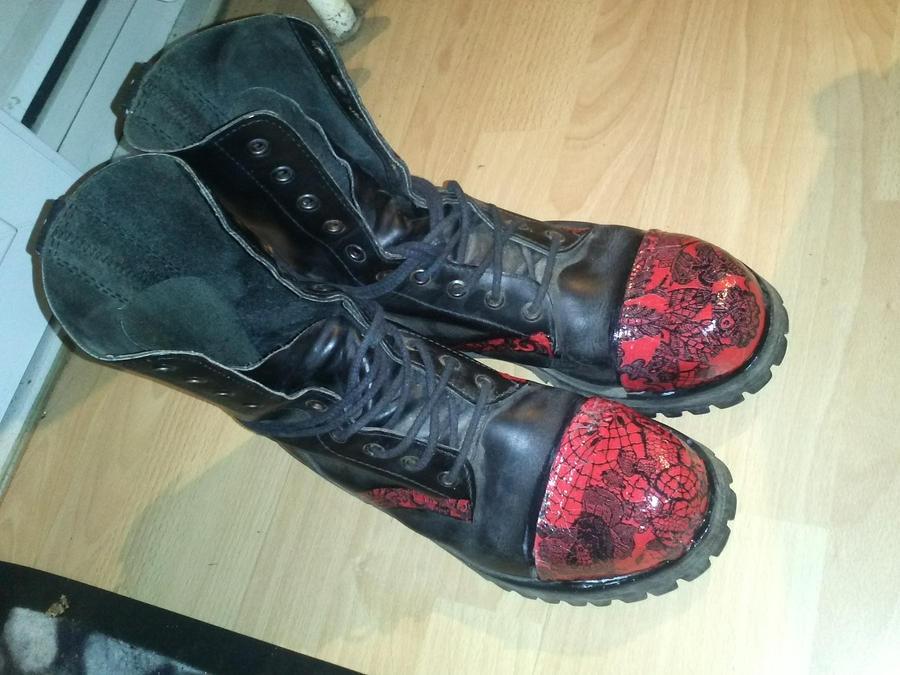 Old Boots by MontMarteJoe on DeviantArt