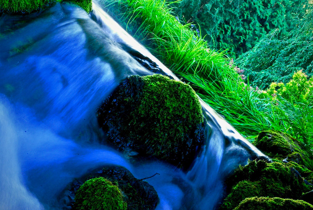 Falls by luxwar