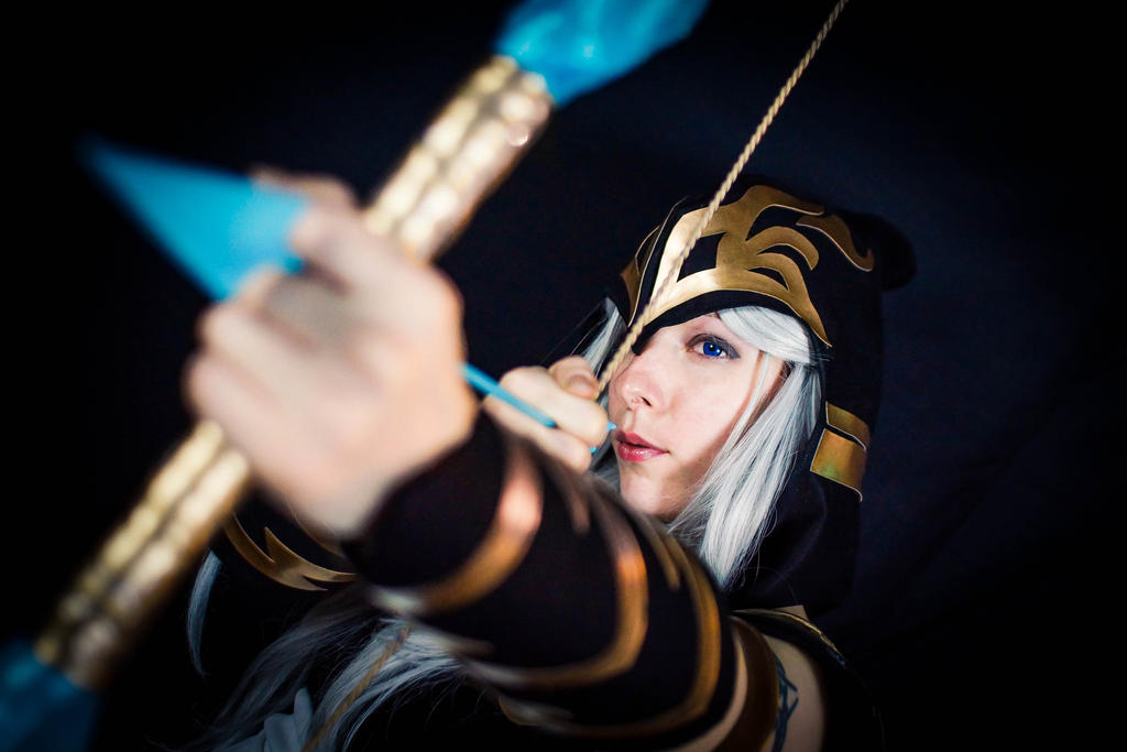 Ashe - League of Legends - cosplay by Lucy (1) by LucyWindrunner