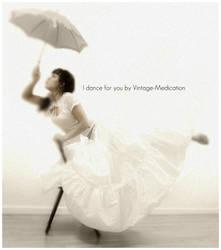 I dance For You by Vintage-Medication