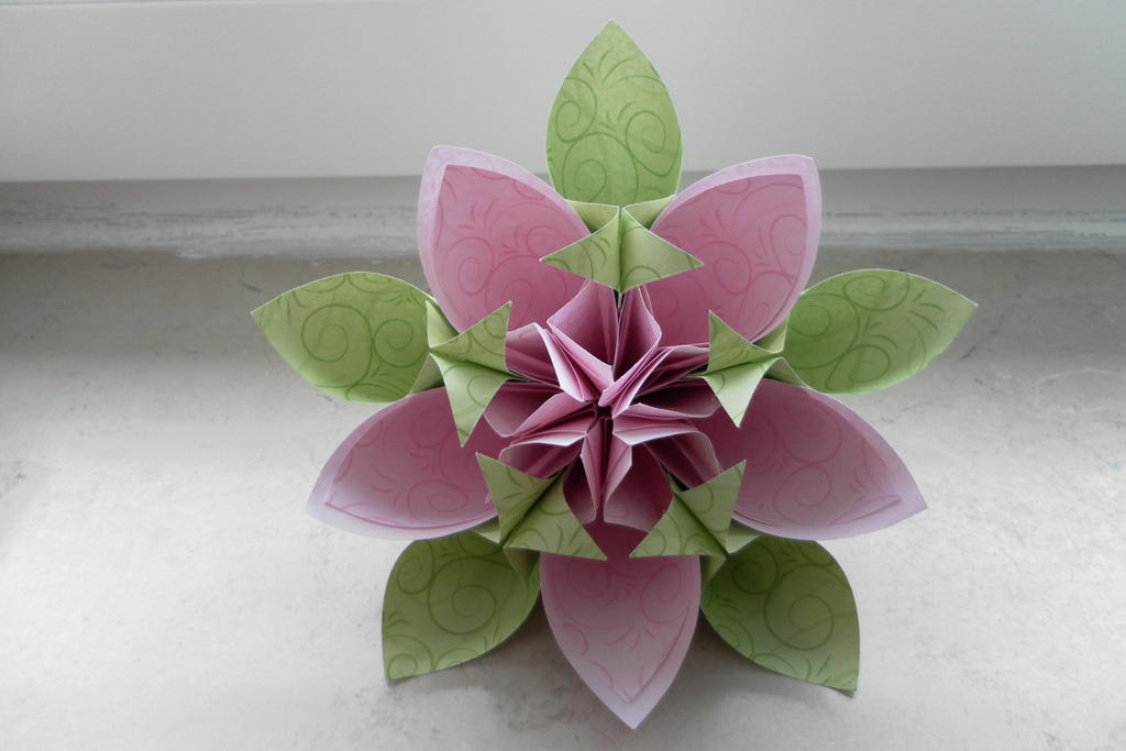 Spring Origami Flower (Rose version) by fleecyblue