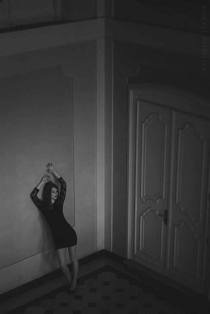 Mia 2 by Franiuk