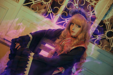 Junko  - TH15 Legacy of Lunatic Kingdom (Cosplay) by YumiLouback98