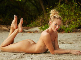 Candice Swanepoel... by LenaFeet