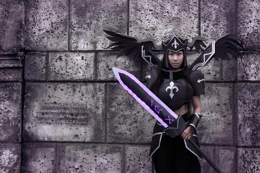 Trinity, the Dark Valkyrja // Summoners War by suuzan