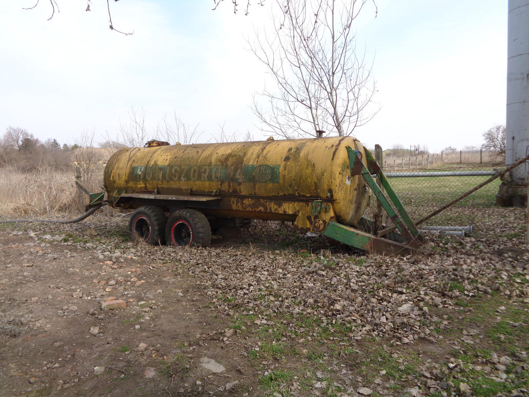 Old fuel tanker by Sipi1989