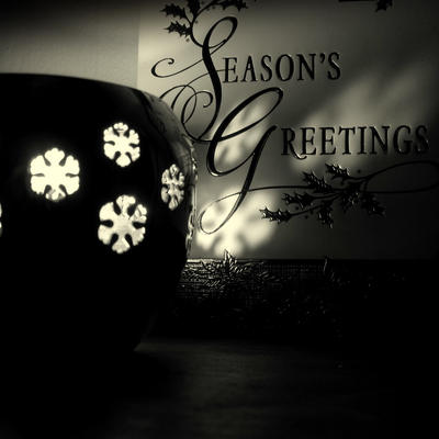 Season's greetings.. by lostknightkg