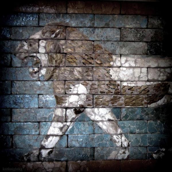 Ishtar's Lion by lostknightkg