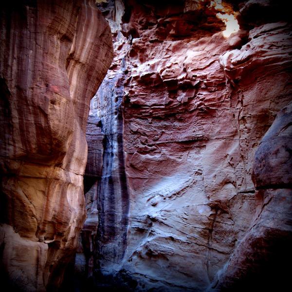 Deep gorge by lostknightkg