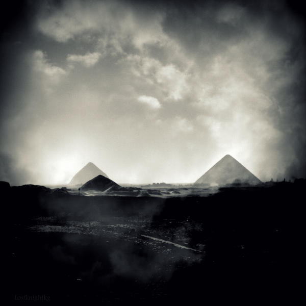 Land of Pyramids by lostknightkg