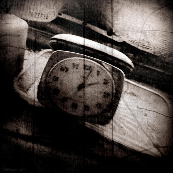Untitled clock 1 by lostknightkg