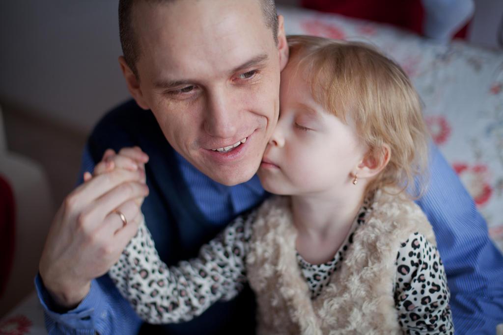 Father's love by Rip-De-Lacroix