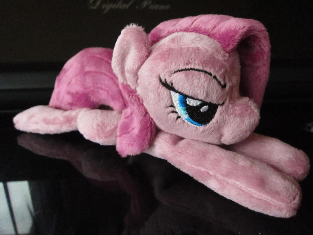 Mini Pinkamena Plushie by haselwoelfchen