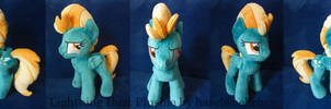 Lightning Dust Plushie by haselwoelfchen