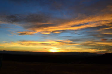 sunset by alekswasheree