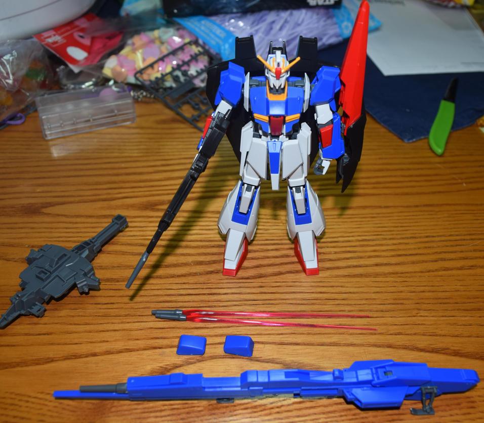 MSZ-006 Zeta Gundam by wolfin22
