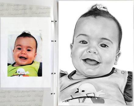 Graphite portrait : Baby girl