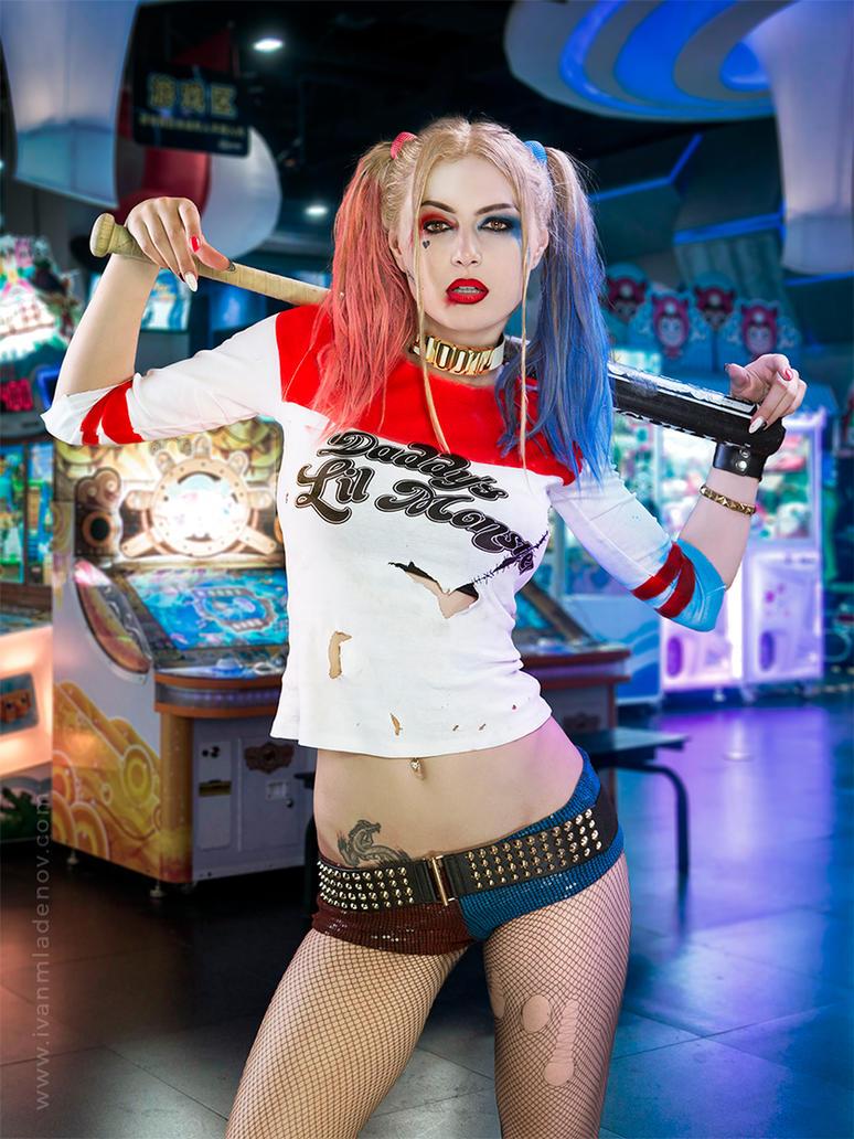 Harley Quinn by messtor