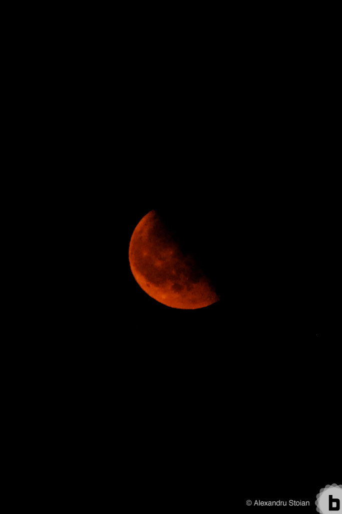 red moon by AlexDeeJay