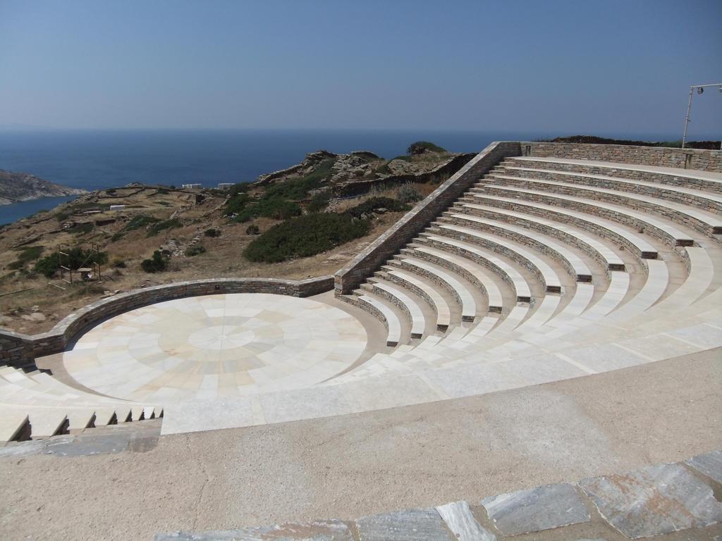 Amphitheatre 01 by fuguestock