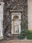 Ivy Statue Alcove 01