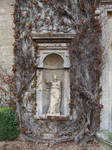 Ivy Statue Alcove 02