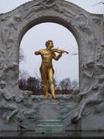 Golden Violinist by fuguestock
