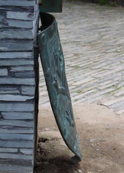 Bronze Shield 4 - Side