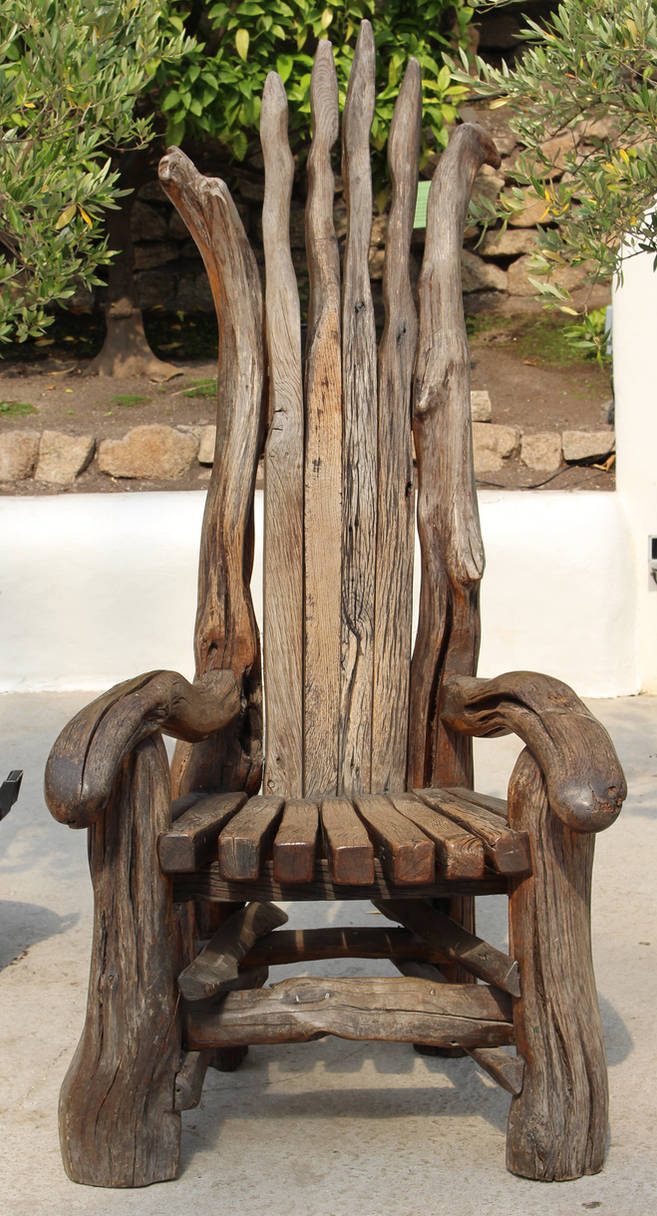 Wooden Throne 1