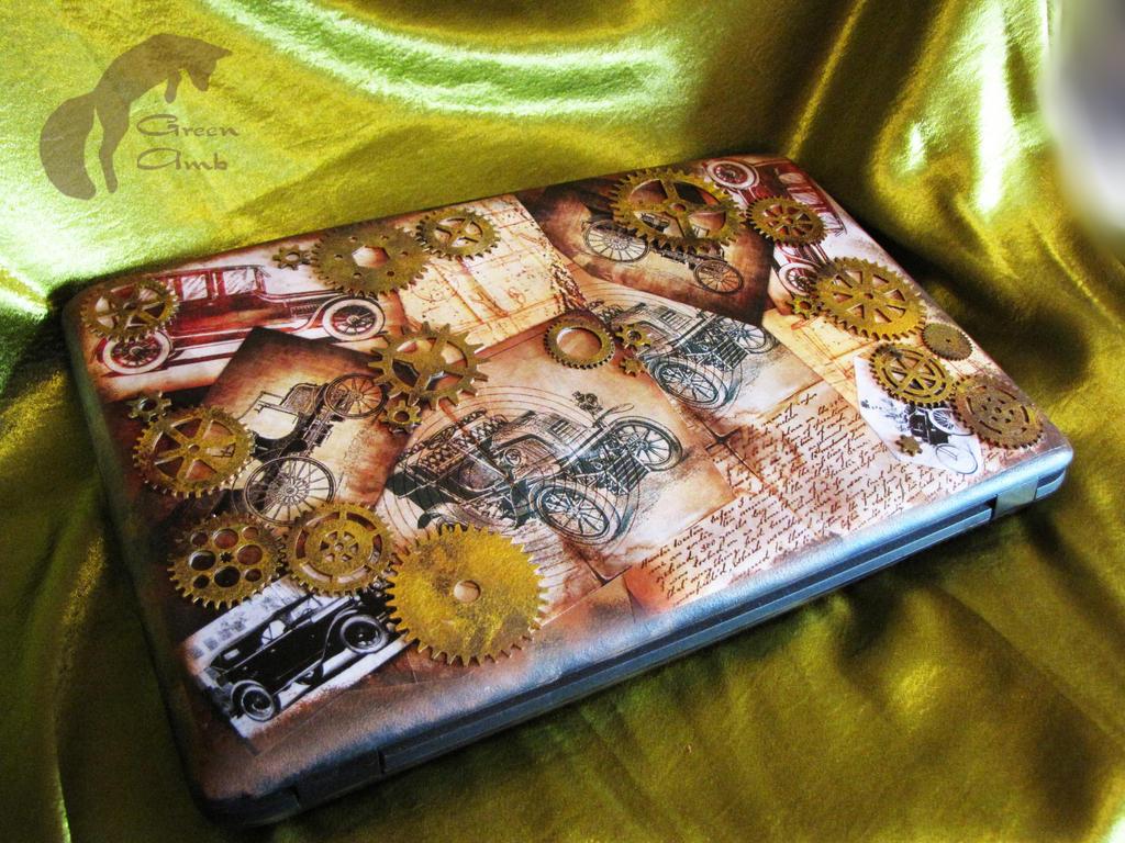 my Laptop 001 by GreenAmb