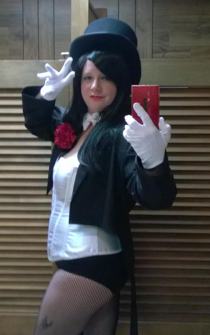 Zatanna costume selfie by Slayer730