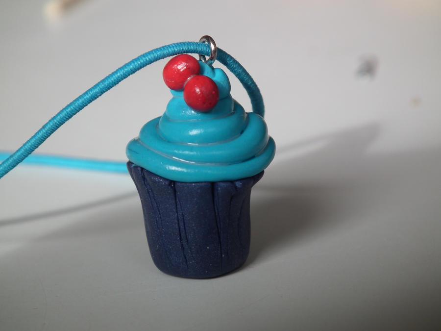 Miniature fimo cupcake