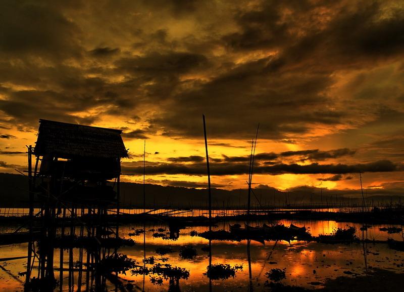 Sunset Frame by hamkahatta
