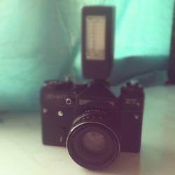 old camera by RiJei