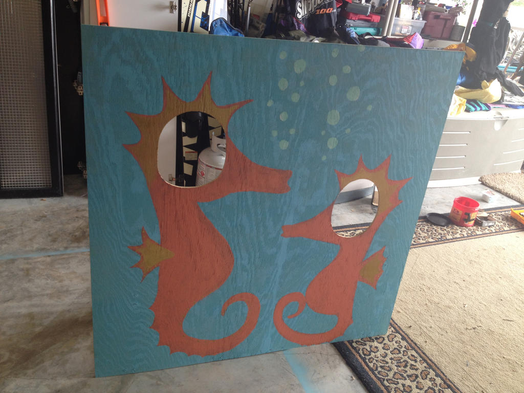 seahorse head frame by Rockonbrad
