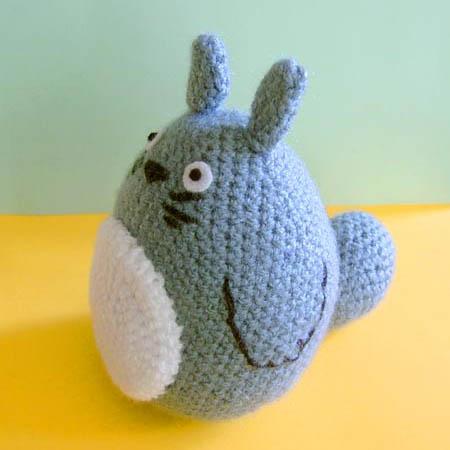 Totoro Amigurumi by vrlovecats on DeviantArt