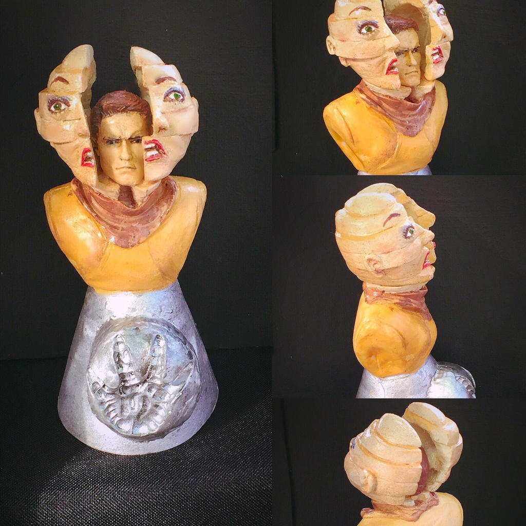 Total Recall Figurine by vrlovecats