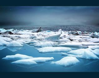 Fjallsarlon Glacier Lagoon by MOEYart